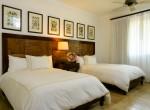 Balcones guest bedroom4