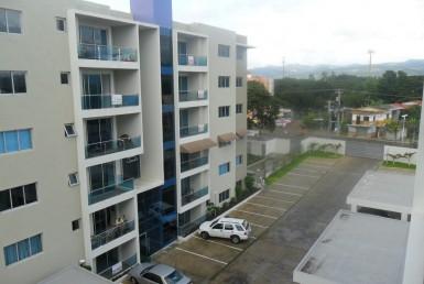 Apartamentos en Oasis del Valle